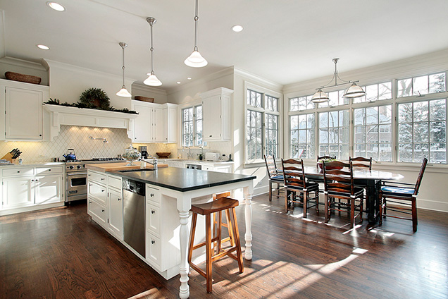 The Great Debate: Open Concept Vs. Closed Kitchens